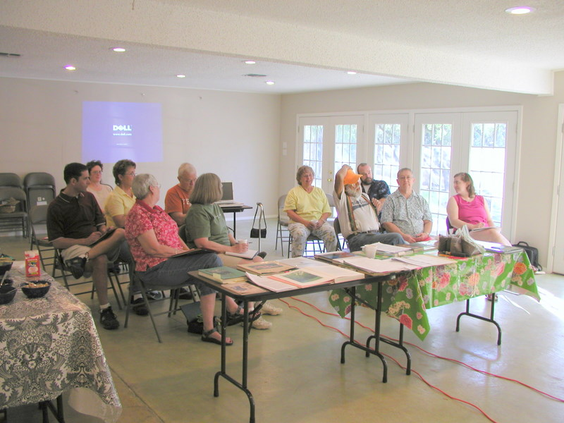 still-waters-retreat-center-austin-fellowship-center-main-area-with-group-session