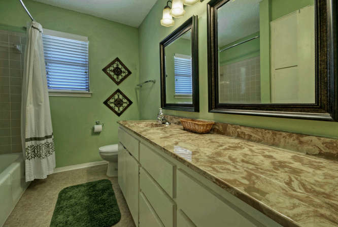 still-waters-retreat-center-9409-granada-austin-texas-felder-house-master-bathroom